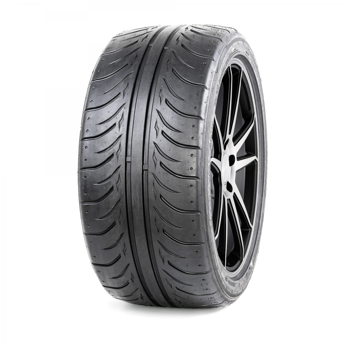 Шины ZESTINO  GREDGE 07RS 245/40ZR18 TW140