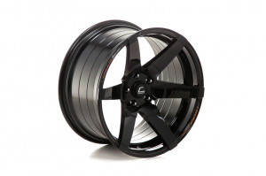 COSMIS  S1 18x9,5 5x114,3 ET15 Black W/MS+ML